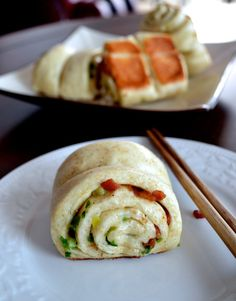 CHINESE SCALLION ROLLS (Hua Juan) - The Woks of Life