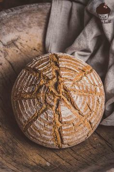 5 Minuten DINKELBrot – Mann backt Baking a perfect spelled bread in 5 minutes? Yes you can: the 5 minute spelled bread recipe. Gourmet Sandwiches, Panini Sandwiches, Finger Sandwiches, Sandwiches For Lunch, Sandwich Recipes, Lunch Recipes, Bread Recipes, Chicken Recipes, Healthy Chicken