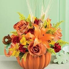 Newest Absolutely Free Gartenideen für Blumenarrangements zum Erntedankfest 91 - Creative Maxx Ideas Popular Among the most lovely and sophisticated types of flowers, we carefully picked the matching types and Pumpkin Arrangements, Fall Floral Arrangements, Pumpkin Centerpieces, Flower Centerpieces, Halloween Flower Arrangements, Creative Flower Arrangements, Wedding Arrangements, Table Centerpieces, Fall Wedding Flowers
