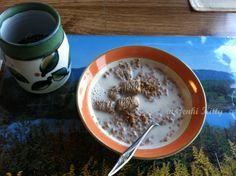 Grape Nuts with Unsweetened Almond Milk and a little brown sugar.  #genkikitty #veganbreakfast #vegan