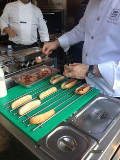 Spanish Hot Dogs by Albert Adrià en el stand de JOSPER