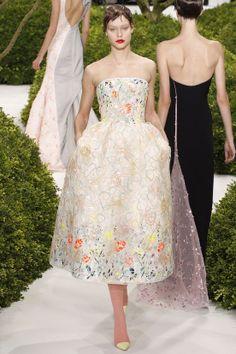 DÉFILÉS COUTURE  PRINTEMPS-ÉTÉ 2013 Christian Dior