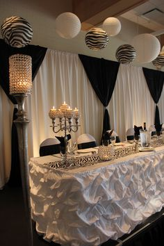 Black and white head table Decor provided by Aglow Bridal Lounge www.AglowBridalLounge.com   www.cvlinens.com