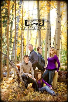 Best Photography Poses Family With Older Kids Backgrounds 60 Ideas photography 706220785298021111 Large Family Photos, Fall Family Pictures, Family Of 5, Adult Family Photos, Baby Family, Family Shoot, Family Photo Sessions, Family Posing, Couple Shoot