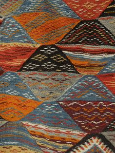 moroccan berber carpet kilim de la boutique timitar sur Etsy Moroccan Berber Rug, Berber Carpet, Bohemian Rug, Collections, Textiles, Boutique, Vintage, Rugs, Etsy