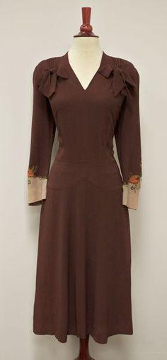Vintage 1940s Dress . Emerald Green . Pleated by millstreetvintage ...