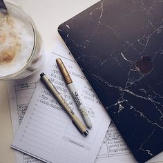 Need this cover of marble | www.uniqfind.com | #marblmac #macbook #minimal #uniqfind