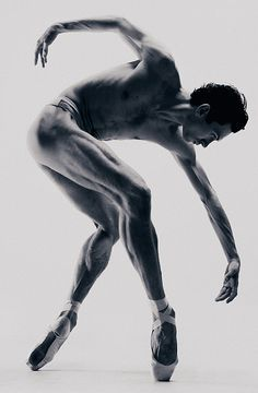 Tanzen Untitled male ballet dancer en pointe by Vadim Stein Discover Air Mattress Types air mattress Dancer Photography, Body Photography, Figure Photography, Male Ballet Dancers, Ballet Poses, Drawing Poses Male, Male Pose Reference, Anatomy Poses, Poses References