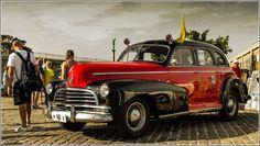 Flotte biler på Toldboden. Efter et indslag på Lorry i sidste uge, vidste jeg at der hver Tirsdag (når vejret er til det) samles en masse flotte klassiske biler på Toldboden nær ved Langelinie  Jeg smuttede en tur derud i går, og da vejret var pragtfuldt, så var der dukket en del biler op, og flere kom til som aftenen gik på hæld. #Toldboden #Custombiler #Amerikanerbiler