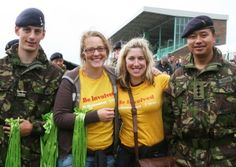 Show your support for our fundraisers as they walk an epic 100km to raise money for Oxfam!