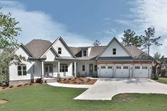 This split bedroom Craftsman house plan has an attractive exterior with a blend of shingles and board and batten siding. The garage is angled slightly. Garage House Plans, Craftsman House Plans, New House Plans, Dream House Plans, House Floor Plans, Car Garage, Craftsman Interior, Style At Home, Farmhouse Plans