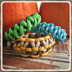 FREE video instructions for these paracord project designs (and hundreds more!) are available on my website FusionKnots.com. #tiat #howto #books #tyingitalltogether #paracord #knots #paracordfusionties #bracelets #animals #necklaces #pendants #jdlenzen #survival #wraps #paracordcommunity #DIY #ties #wilderness #paracordprojects #crafts #campingfun #jewelryaddict #art #jewelrydesigner #jewellerymaking #paracordfusionties #bushcraft #survivalbracelet #jdlenzen