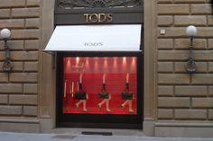 Mooie etalage bij TOD's in Firenze Italia.