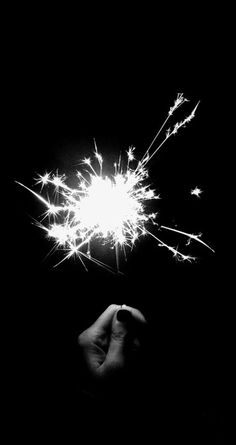 Black and white photography. Black N White, Black And White Pictures, Beautiful Pictures, Cool Photos, Bonfire Night, Jolie Photo, White Aesthetic, Sparklers, Light And Shadow