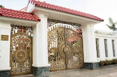 50 The Best Gate Design That You Have to Try in Your Home - decortip Door Gate Design, House Gate Design, Porch Design, House Outside Design, Entrance Gates Design, Entrance Door Design, Front Gate Design, House Front Design, Front Door Design