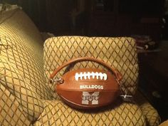 I found this cute purse at Lily B's in Ellisville, MS. It's going to be fun taking it to ball games this fall to see the son marching in the Mississippi State University Famous Maroon Band!