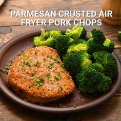 Air Fryer Recipes Pork Chops, Pork Cutlet Recipes, Air Fry Pork Chops, Air Fryer Oven Recipes, Air Frier Recipes, Air Fryer Dinner Recipes, Pork Chop Recipes, Breaded Pork Chops, Cooking Frozen Pork Chops