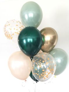 Sage Green and gold balloons! These stunning, one-of-kind balloons are the perfect way to make a pop at your next event! This Sage Green and Gold Balloon Bouquet includes: 2 Sage Green Double Layered Latex 11 Balloons-this look is achieved by l Baby Shower Verde, Baby Boy Shower, Baby Shower Green, Baby Shower Balloon Ideas, Shower Ideas, Balloon Lights, Balloon Garland, Diy Balloon, Flying Balloon