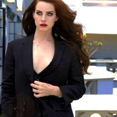 Lana Del Rey Goddess