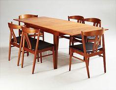 Matbord och stolar i teak