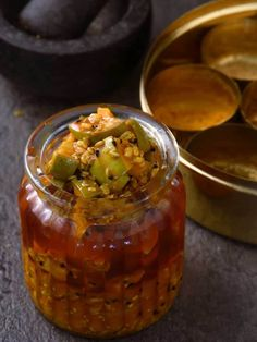 Traditional mango pickle Chilli Pickle Recipe, Indian Pickle Recipe, Pickled Mango, Lime Pickles, Indian Food Recipes, Ethnic Recipes, Indian Foods, Nigella Seeds, Pickling Jalapenos