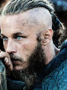 """Ragnar Lothbrok"" - Travis Fimmel (Dem eyes!!!!)"