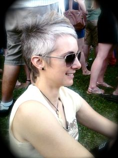 Cute cut...way to funk up grey hair \m/