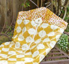 FreeSpirit Fabric: Pattern for garment bag.