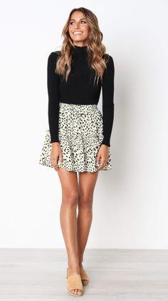 Leopard Print Withdraw Mini Skirt – Jassie Line Minirock mit Leopardenmuster – Jassie Line Cute Skirt Outfits, Cute Skirts, Trendy Outfits, Mini Skirts, Diy Outfits, Skirt Fashion, Fashion Outfits, Fashion 2017, Leopard Print Skirt