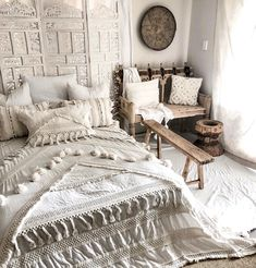 Bedroom decor, bohemian room, bohemian house, bohemian living, boho chic be Bohemian Room, Bohemian Bedroom Decor, Bohemian House, Modern Bohemian, Bohemian Living, Boho Chic Bedding, White Bohemian Decor, Bohemian Apartment, Teenage Room Decor