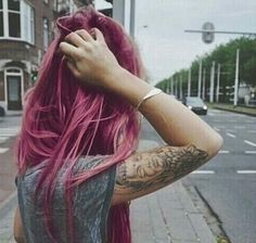 Image about girl in tattoos and piercings ☯ by ♀ ☠ ✿ Tattoo Video, I Tattoo, Buda Tattoo, Lotus Tattoo, Grey Tattoo, Kunst Tattoos, Beauty And Fashion, Fashion Blogs, Fashion Hair
