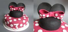 Geburtstagsauftrag Teil 2: Minnie Mouse Torte