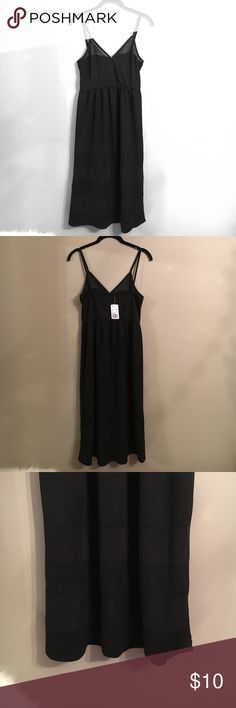 Forever 21 Black Dress Perfect Little Black Dress! - Size M - Long Length - Has two see through horizontal lines at the bottom of the dress Forever 21 Dresses