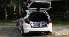 Modifikasi Honda Jazz RS SQ : Idamkan Suara Mewah #info #MobilModifikasi #BosMobil