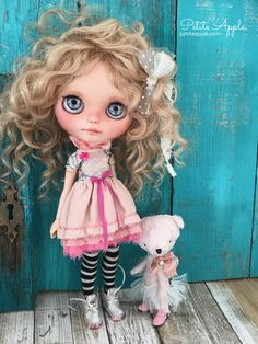 Blythe doll OOAK outfit *Sweet bon bon*  hand embroidered silk dress
