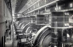An Art Deco Power Station - Subway Powerhouse, Interborough Rapid Transit Company (IRT) , to St, ca. Titanic, Monuments, Williamsburg Bridge, Ville New York, Times Square New York, Art Deco, Art Nouveau, New York City Photos, Rapid Transit