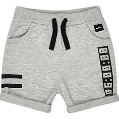 River Island Mini boys grey jersey printed shorts Source by Boys Cargo Shorts, Boy Shorts, Jersey Shorts, Best Mens Fashion, Boy Fashion, Cute Outfits For Kids, Baby Boy Outfits, Mini Shorts, Sport Outfit
