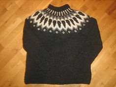 Ravelry: Icelandic Pullover pattern by Ístex Yarn