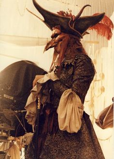 Vin Burnham costume design from Labyrinth (Froud). The masked man we see in the Ballroom scene. Could it be Jareth in disguise? Jim Henson Labyrinth, Labyrinth 1986, Labyrinth Movie, Labyrinth Goblins, Labrynth, Goblin King, The Dark Crystal, Fantasy Movies, Fantasy Costumes