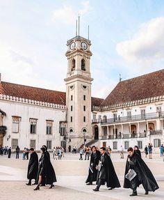 Sabias que a Universidade de Coimbra é a universidade mais antiga de Portugal? 🎓💫 #roadtriportugal  @goncalo_saraiva27 📸  #portugal… Algarve, Road Trip Portugal, Kino's Journey, Coimbra Portugal, College Uniform, Douro, Photos Of Women, See It, Portuguese