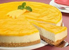 Low Calorie Recipes 58837 Here is the recipe for the exotic Bavarian Thermomix, the dessert par excellence. The recipe is made easier by the use of Thermomix. Low Calorie Desserts, No Calorie Foods, Köstliche Desserts, Low Calorie Recipes, Delicious Desserts, Dessert Recipes, Cheesecake Cake, Cheesecake Recipes, Dessert Thermomix