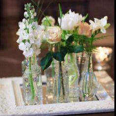 Centerpiece. Floral. Neutral. Vases.