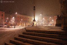 Piacenza, neve sul sagrato del Duomo by Massimo Mazzoni, via Flickr