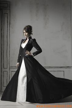 Robe avec manches longues col debout en satin robe de mariée noire