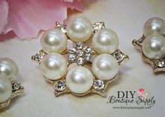 Beautiful Gold Crystal Pearl Buttons Rhinestone buttons Flatback flower centers Baby Headbands Emebllishments  5 pcs 26mm 917065