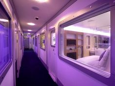 Yotel: a cool, inexpensive capsule-like airport hotel at Amsterdam Shiphol (AMS), London Gatwick (LGW) and Heathrow (LHR). Airport Lounge, Airport Hotel, Gatwick Airport, Heathrow Airport, Hotel A New York, Nap Pod, Airport Architecture, Sleeping Pods, Capsule Hotel