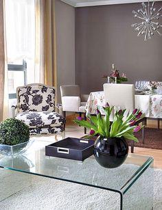 Color pared - CASADIEZ.ES Decor, Interior Design Living Room, Furnishings, Home And Living, Interior Design, Home Decor, Room, Coffee Table, Room Decor
