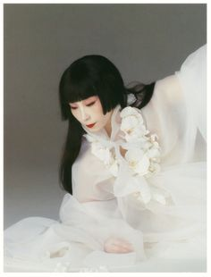 thekimonogallery:  garlands-jpn:  山口小夜子  Sayoko Yamaguchi. Japan  Yamaguchi Sayoko 山口小夜子 (1950-2007) - Japan - 1980s
