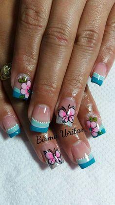 6 Nails Per Shingle Beach Nail Designs, Short Nail Designs, Cute Nail Designs, Diy Nails, Cute Nails, Pretty Nails, Hawaiian Nails, Butterfly Nail Art, Nails 2017