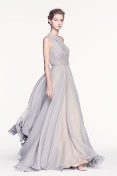 I think Jennifer Lawrence would have really benefited from a softer style, and this Reem Acra gown would have been great on her.